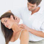 Cách chữa đau cổ vai gáy ngay tại nhà cho kết quả cao