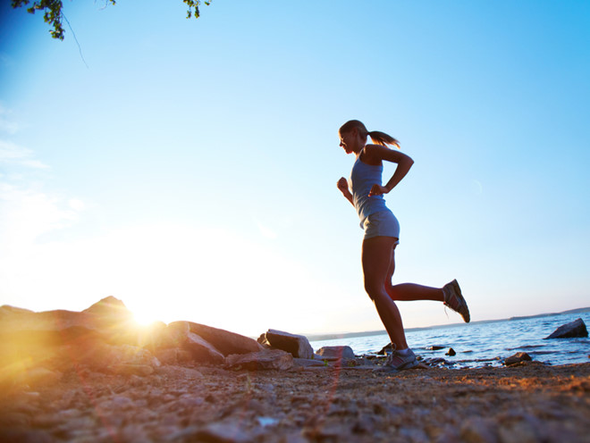 Tập luyện và thay đổi thói quen sinh hoạt để cải thiện tình trạng thoái hóa