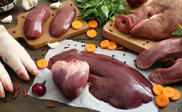Người bị thoát vị không nên ăn nội tạng động vật