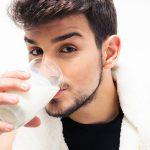 Thực hư chuyện uống sữa đậu nành có vô sinh không?