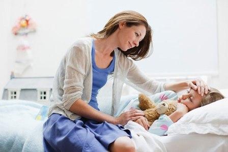 Hướng dẫn chăm sóc bé bị sốt nhức mỏi toàn thân