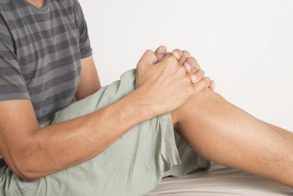 Đầu gối đau khi co duỗi là biểu hiện của bệnh gì