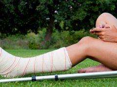 Chăm sóc bệnh nhân gãy xương cẳng chân