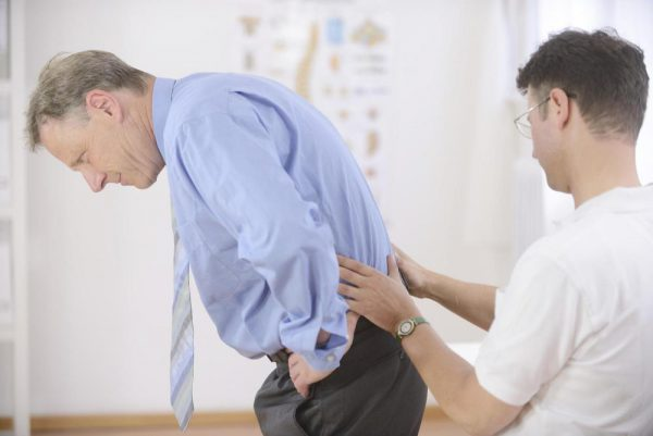 Biện pháp khắc phục bệnh đau thắt lưng trái tê chân trái