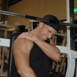 Gãy xương đòn có tập tạ được không và cách tập an toàn