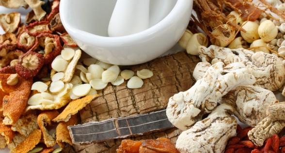 Tại sao nên điều trị thoái hóa cột sống bằng thuốc Nam